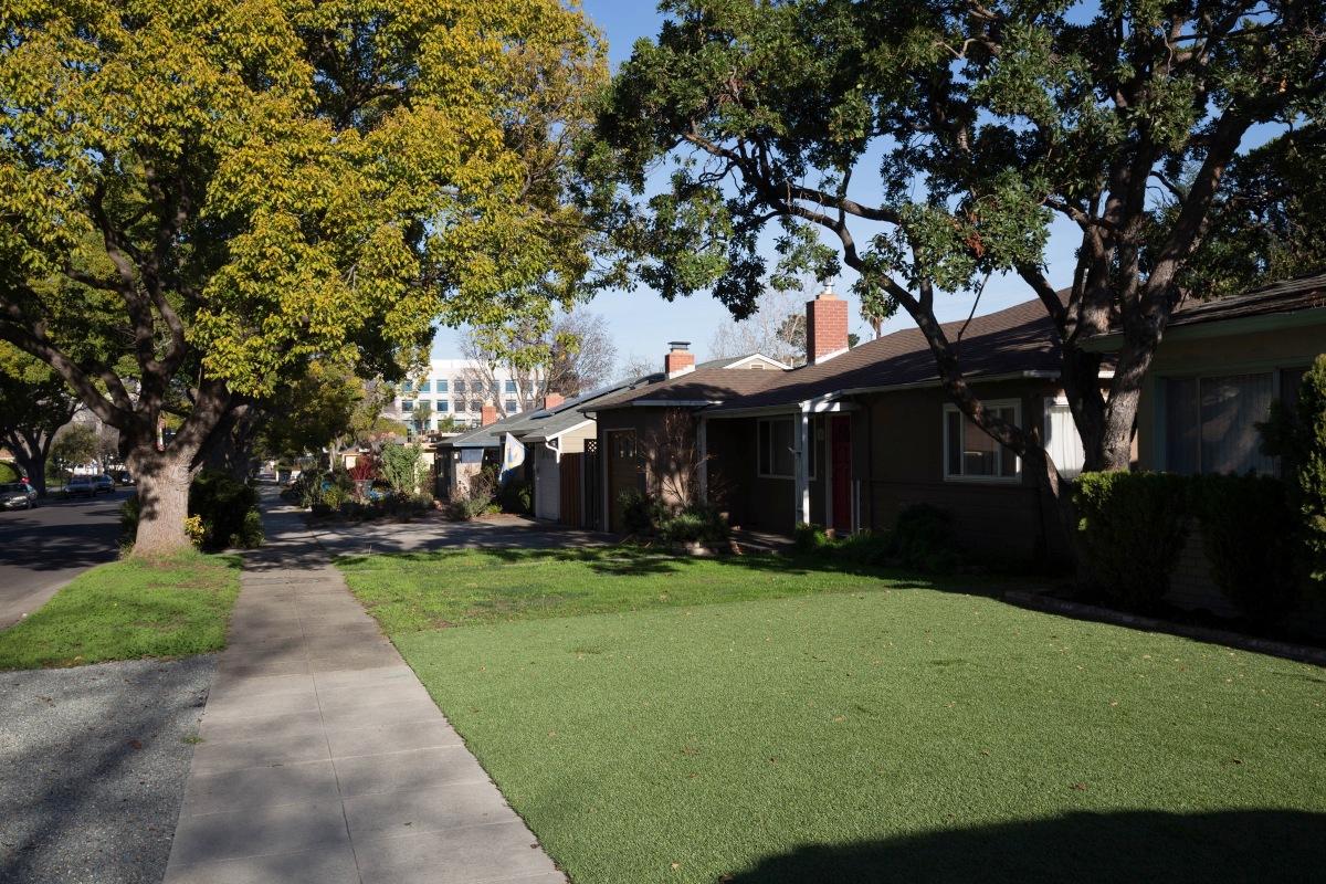 Neighborhoods: Centennial